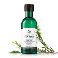 tea-tree-skin-clearing-facial-wash-5-640x640