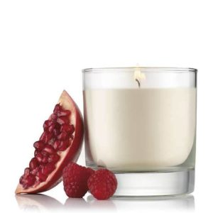 pomegranate-raspberry-scented-candle-2-640x640