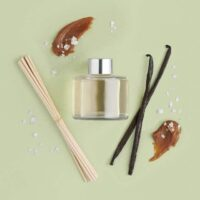 salted-caramel-vanilla-reed-diffuser-4-640x640