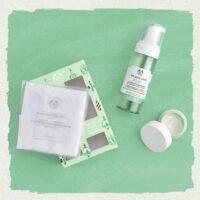 hello-aloe-soothing-skincare-kit-1062106-helloaloesoothingskincarekit-4-640x640