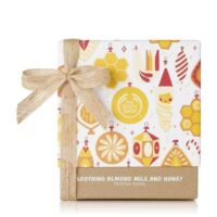 soothing-almond-milk-honey-festive-picks-1061609-soothingalmondmilkhoneyfestivepicks-2-640x640