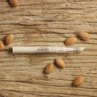 almond-nail-and-cuticle-oil-4-640x640